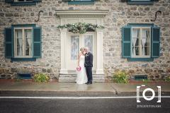 mariage-lanaudiere-couple-maison-photographe